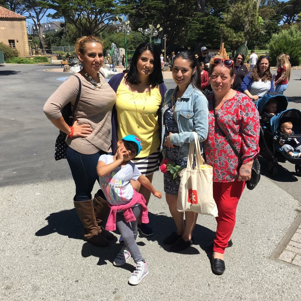 Family Fun Day at the SF Zoo celebrating interns from Cohort 1 completion of their 2nd semester at CCSF.