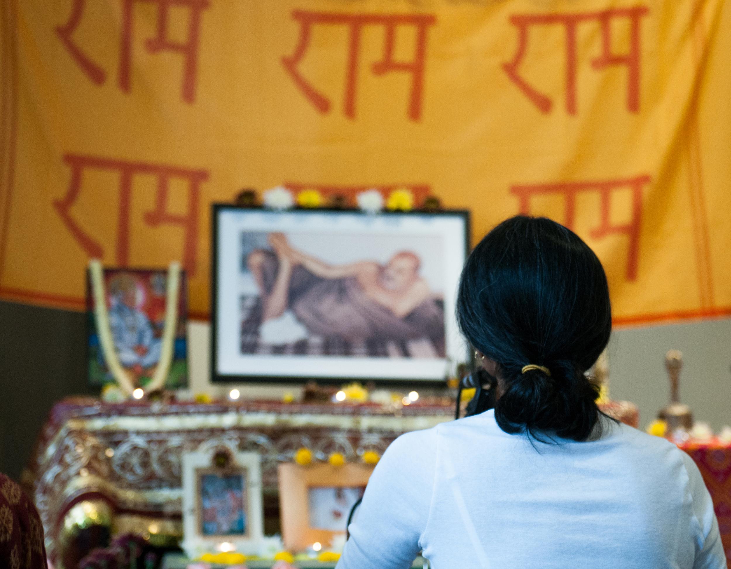Vanaras-Present-108-Hanuman-Chalisas-@-Broome-Street-Temple-(A.M.)-23.jpg
