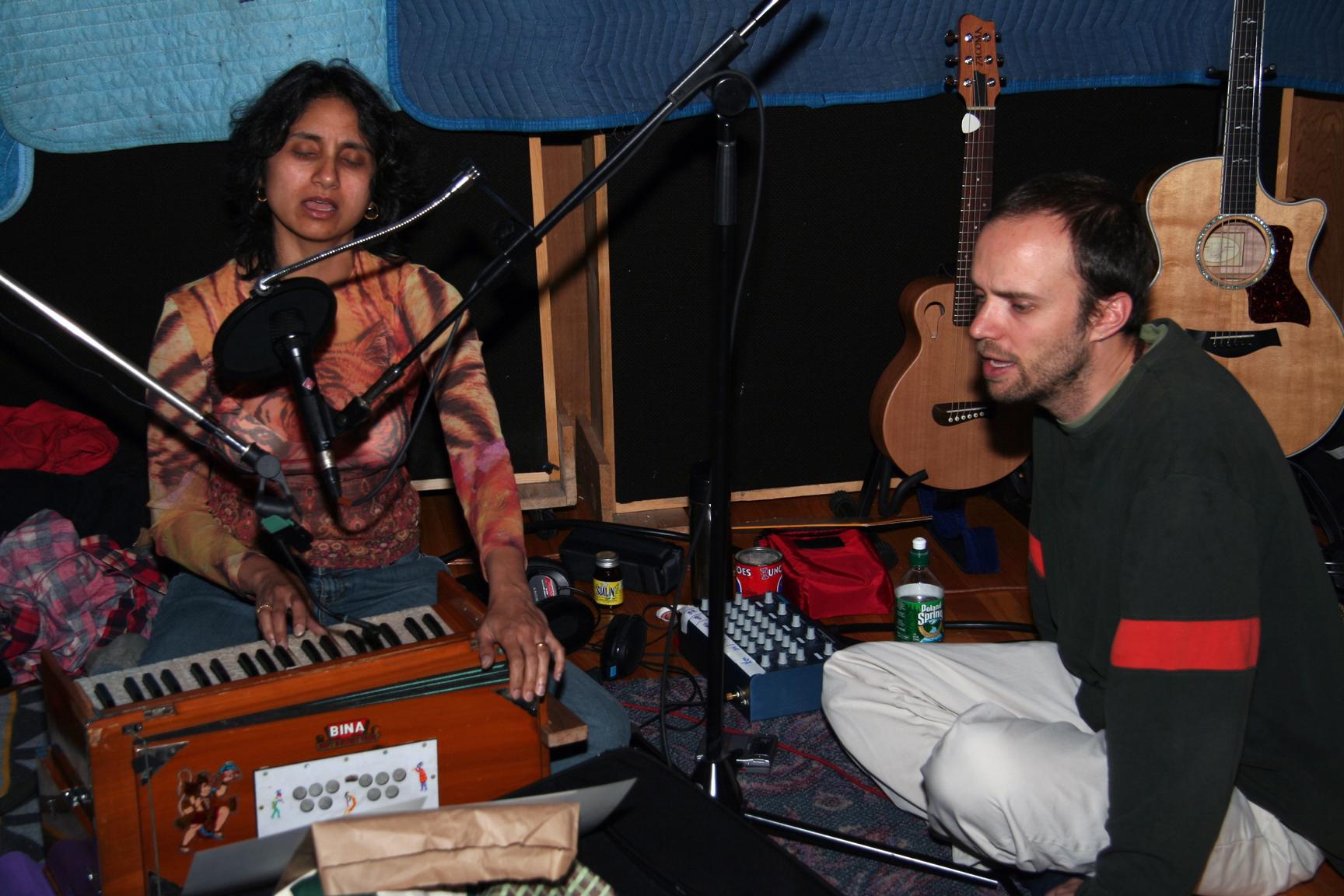 2006-Flow-Nina&DD.jpg