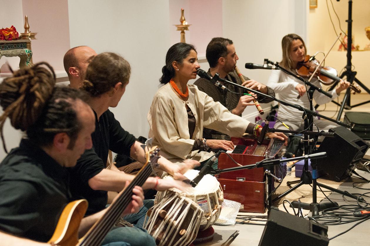 Nina-Rao-Antarayaami-CD-Release-Party-@-Broome-Street-Temple-37.jpg