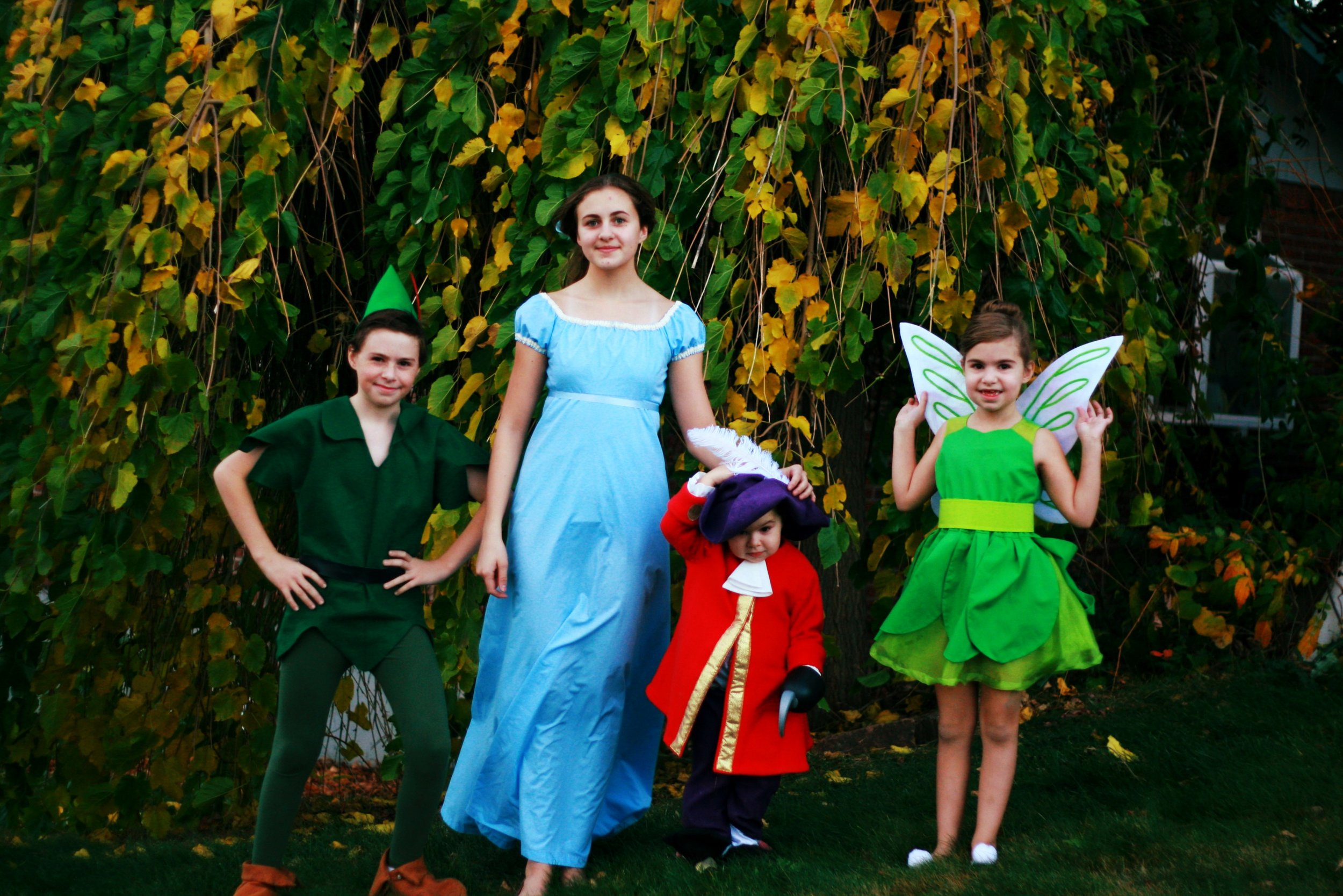 costumes sewn by elisabeth!