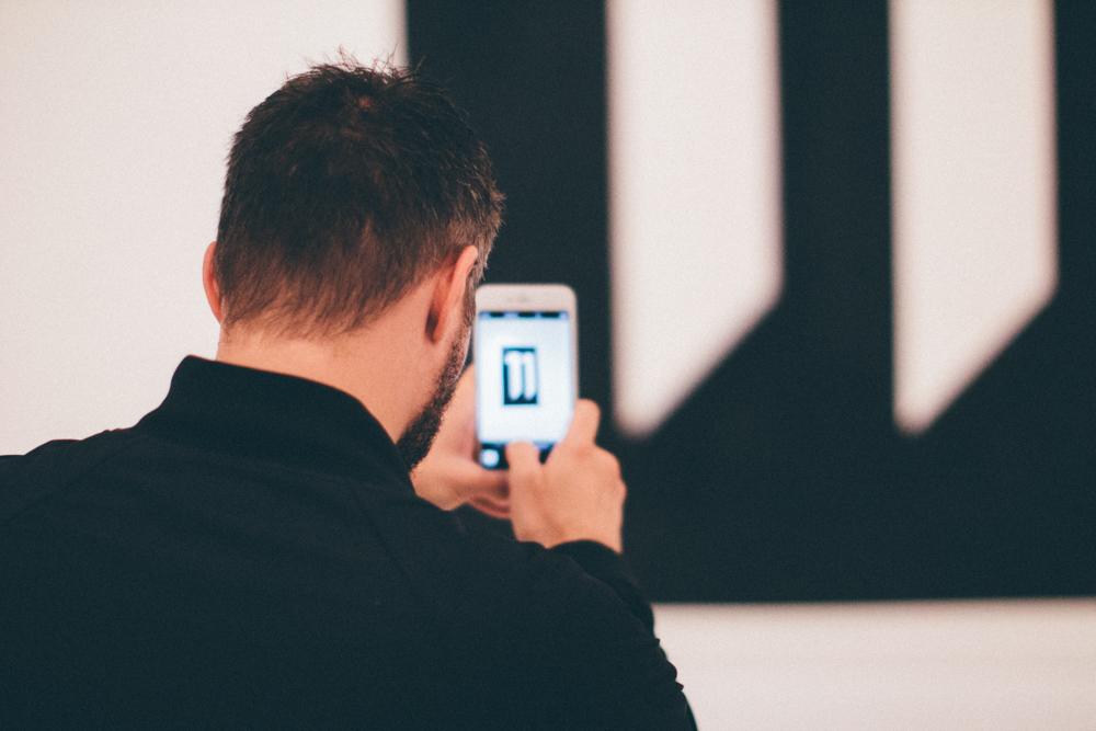 11phone-1.jpg