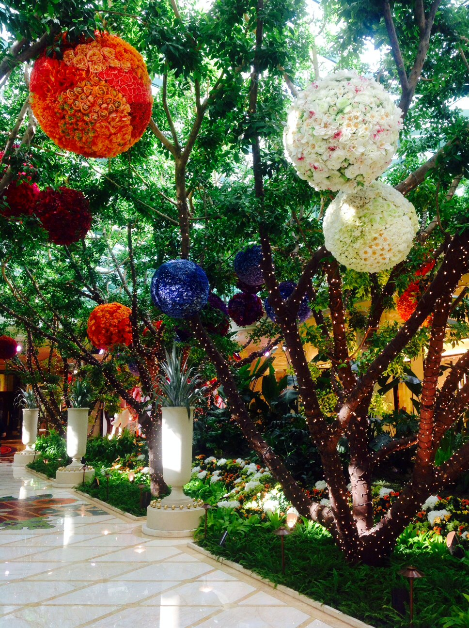 Amazing fresh flowers in reception
