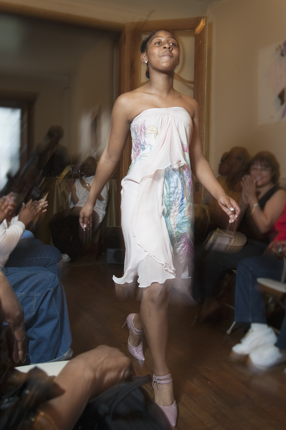 Web_2014_20040501_Development_and_Finishing_Institute_Fashion_Show_0106.jpg