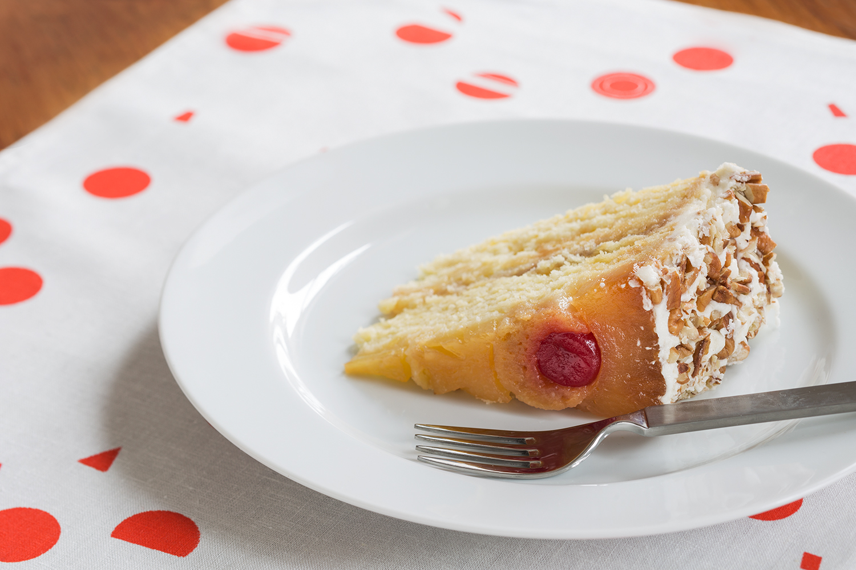 Pineapple_Upside_Down_Cake_Slice.jpg