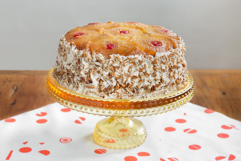 Pineapple_Upside_Down_Cake_Whole.jpg