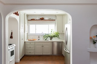 Jesse DeSanti Kitchen Clever.jpg