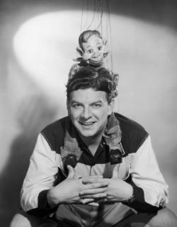 Popular Howdy Doody Marionette