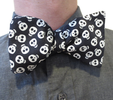 Glow in the dark bow tie by Minerva Knits on Etsy