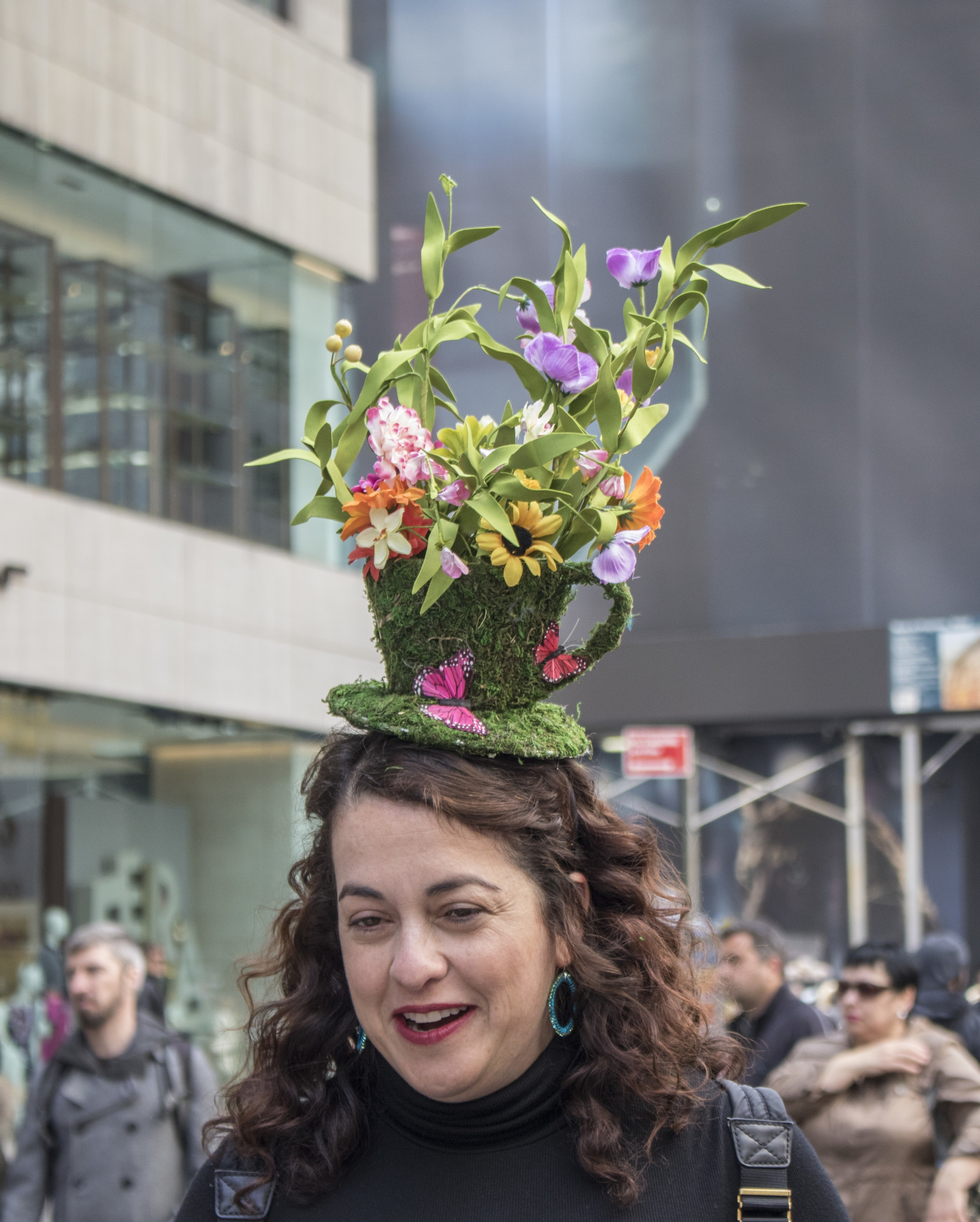 Spotted another Dora Marra Easter Fascinator, $80.    Buy it here