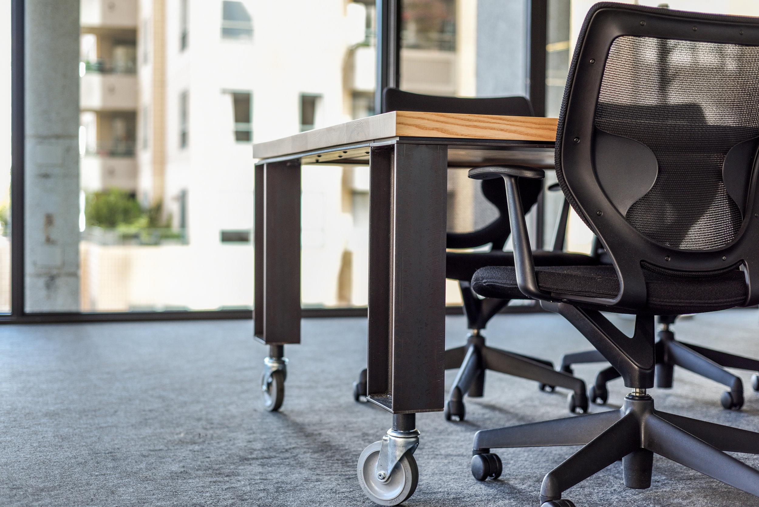 modular meeting tables