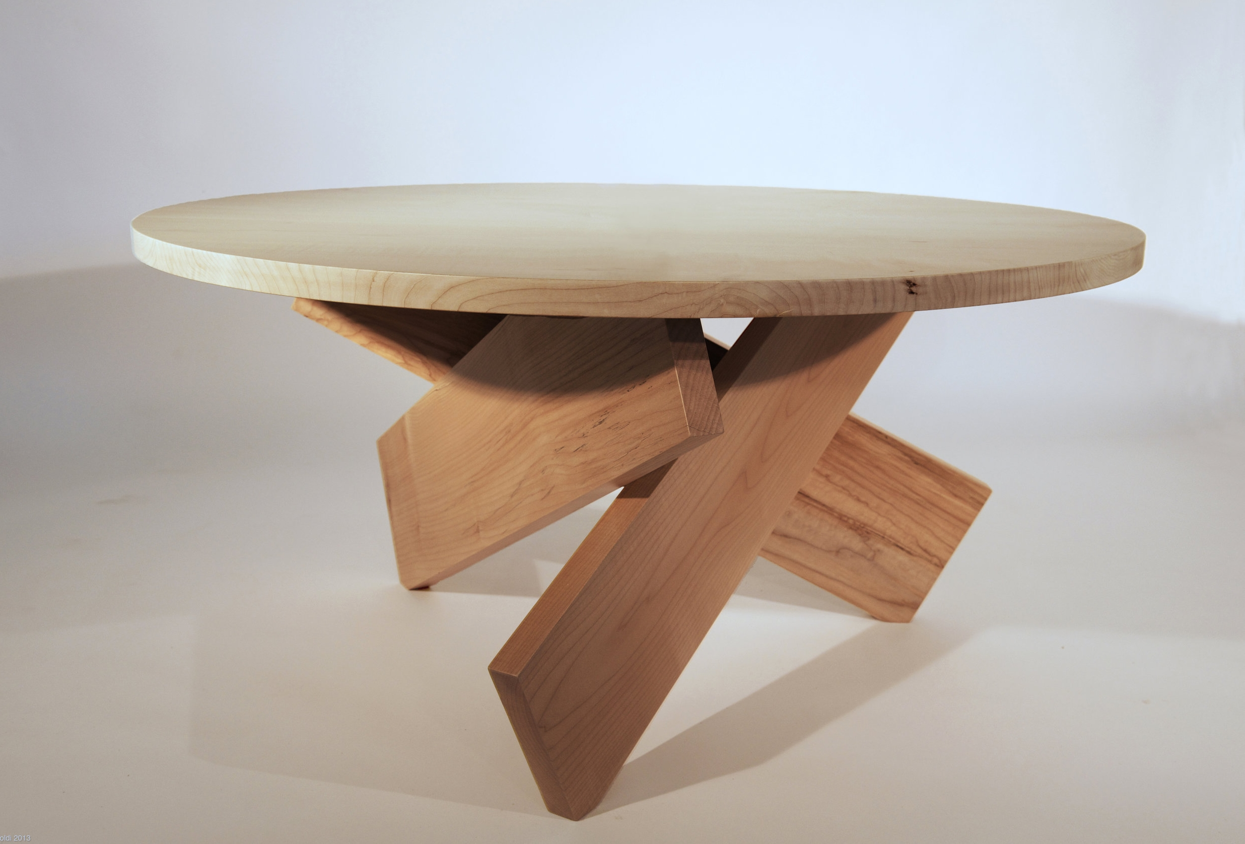 CAMPFIRE TABLE