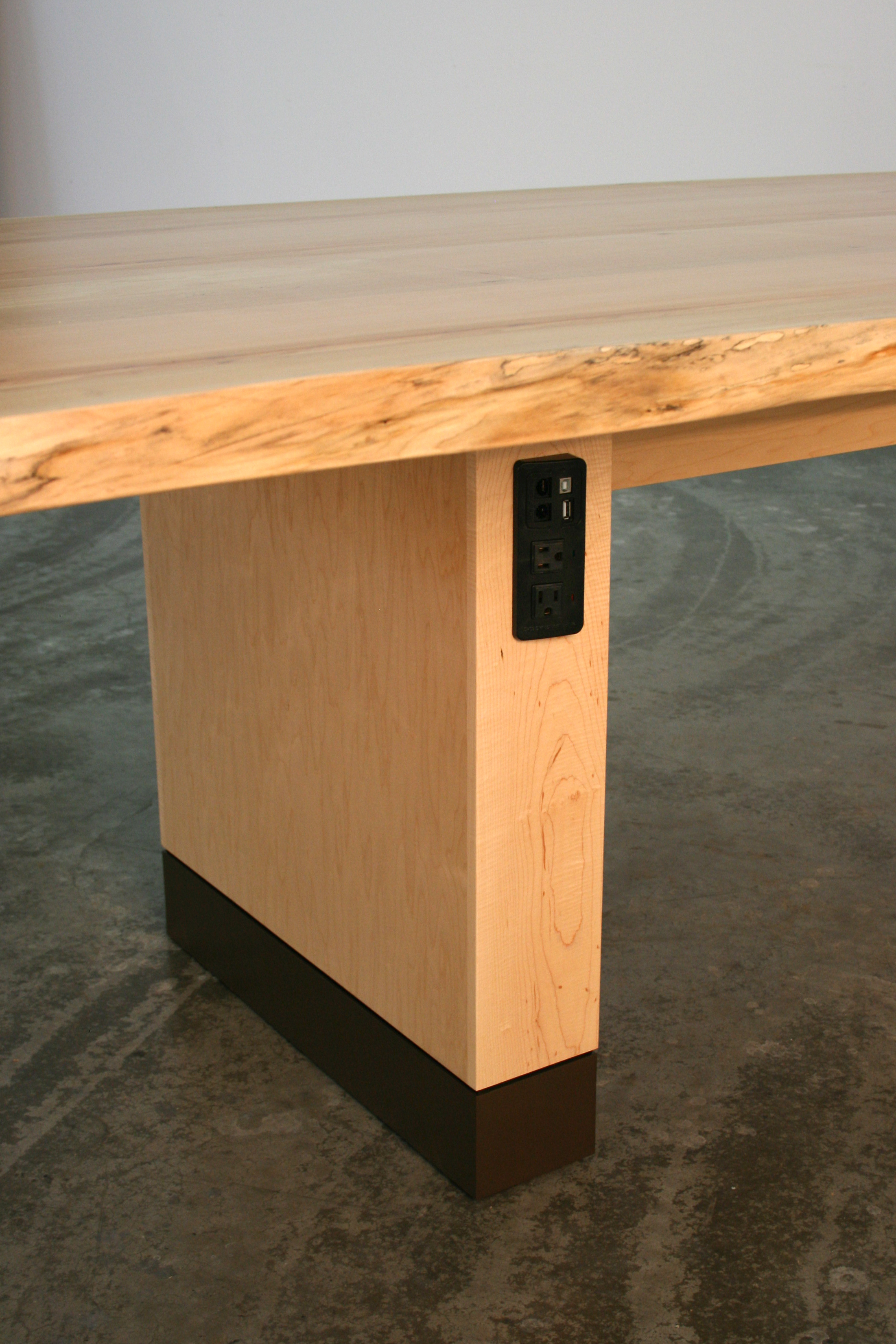 Live edge Maple t able in Clear finish with FNLT1 data unit in box base.