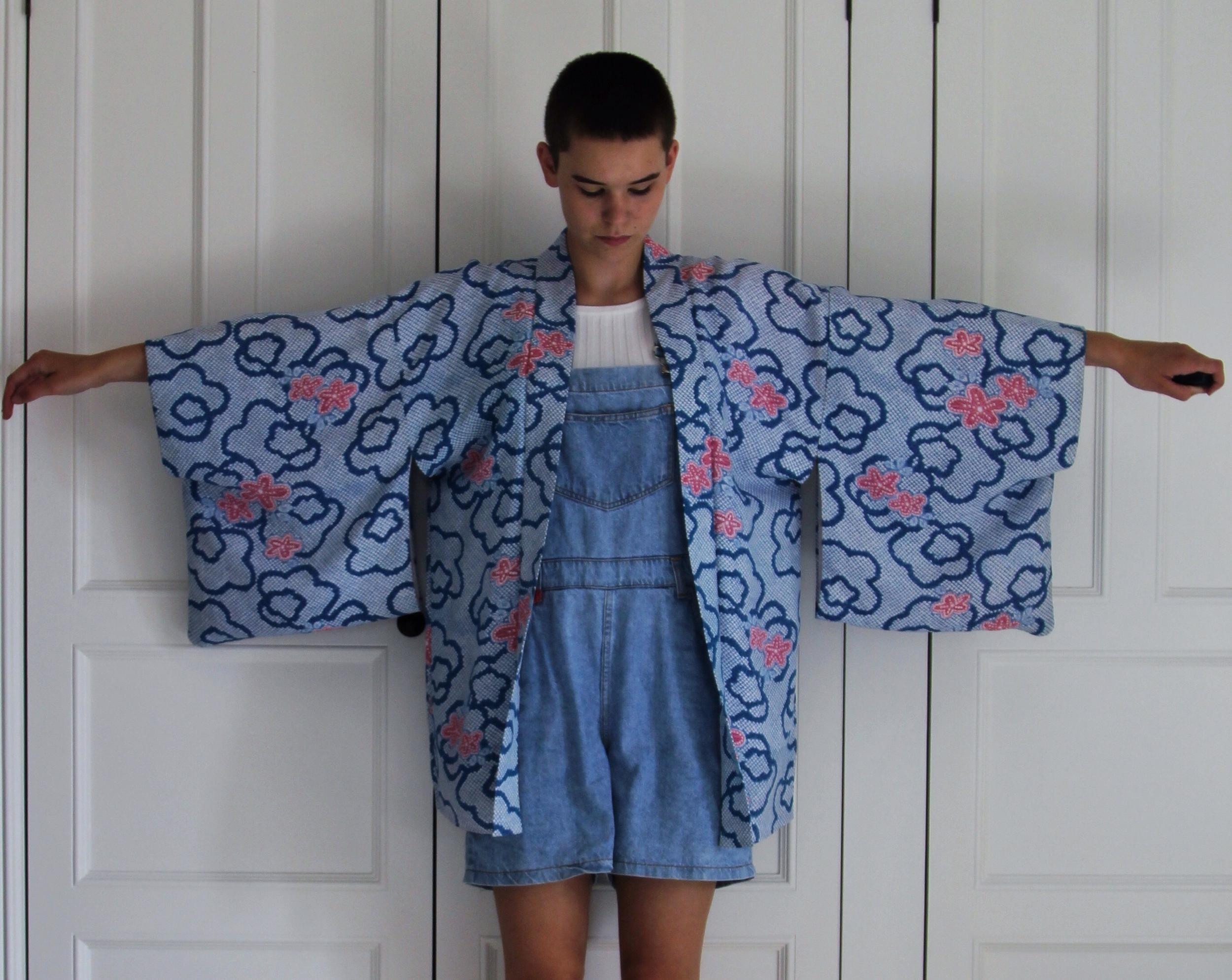 Vintage Silk Kimono (This is a child's sized kimono)