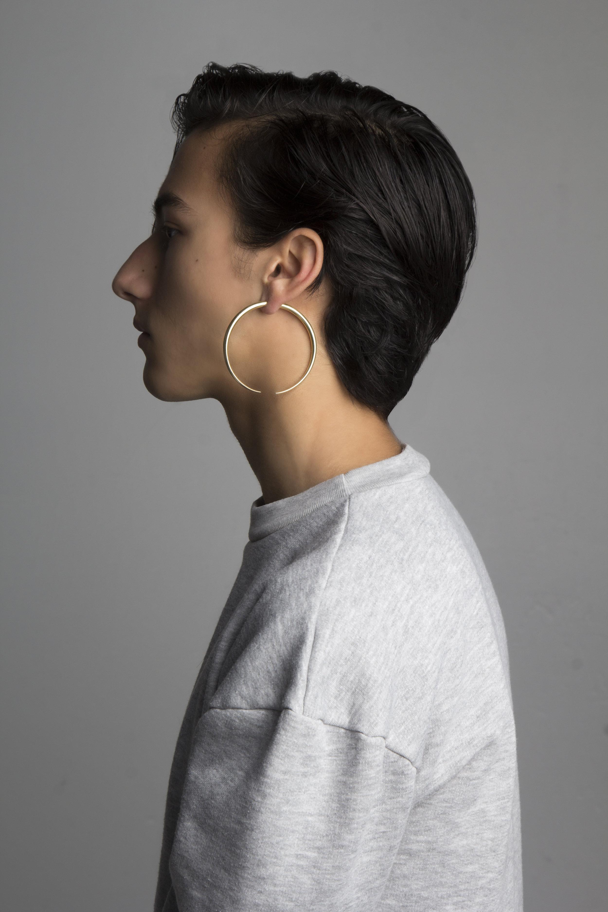 Jojo Ross Sculpted Sweatshirt  With  Meadowlark  earring