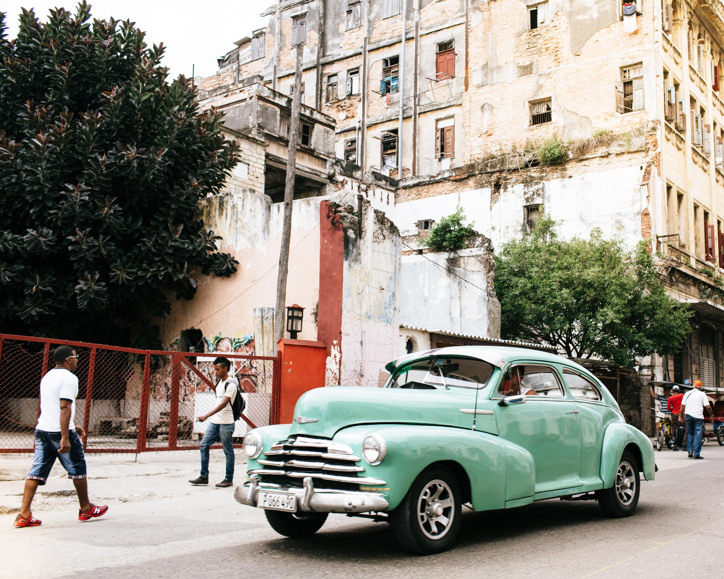 Gutierrez-Cuba-1.jpg