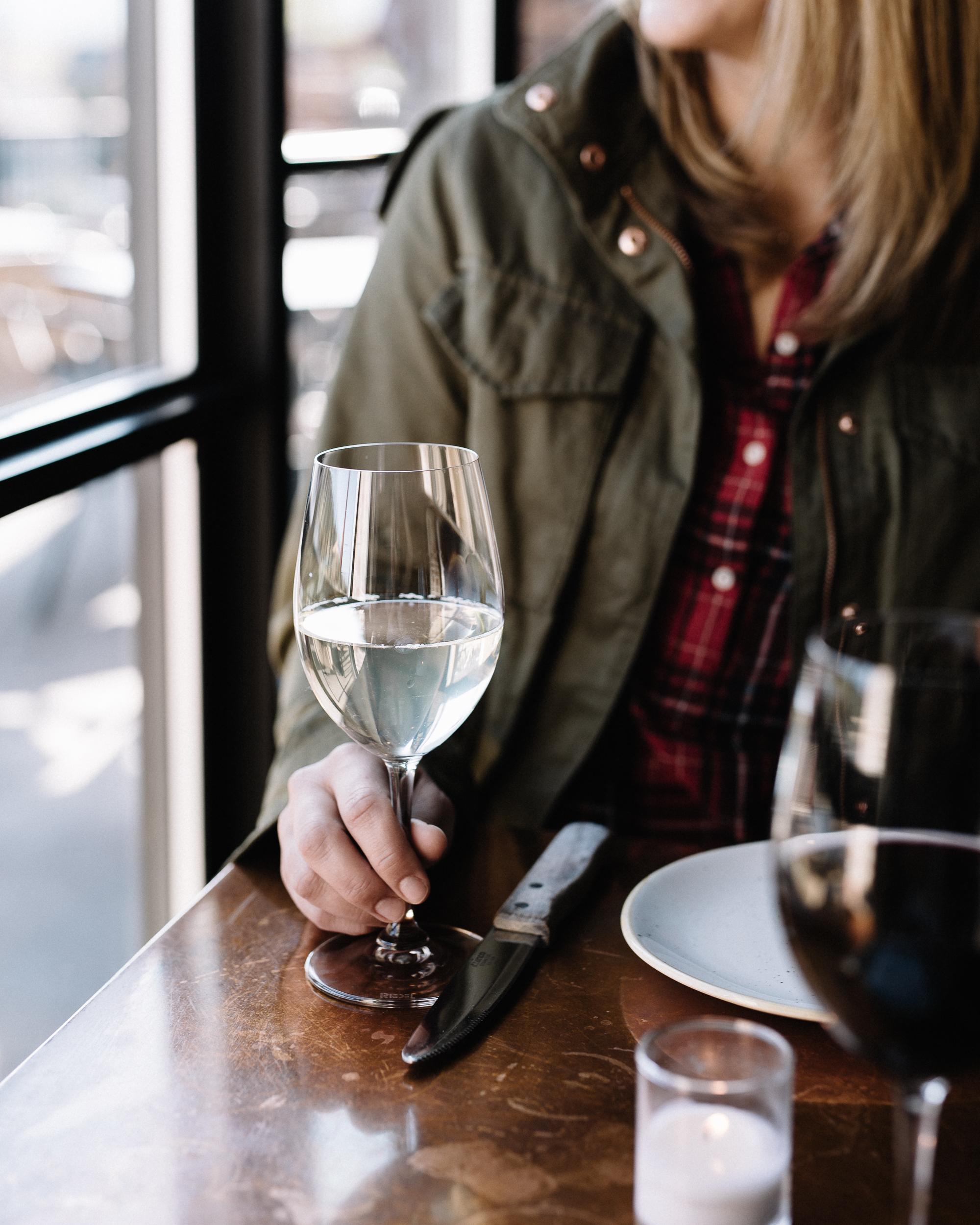 TT-white-wine-taylor-1.jpg