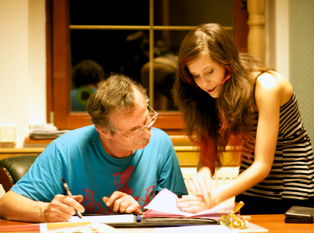 To jsem já s dcerou Magdalenou. Ještě pořád mě. či něco potřebuje...