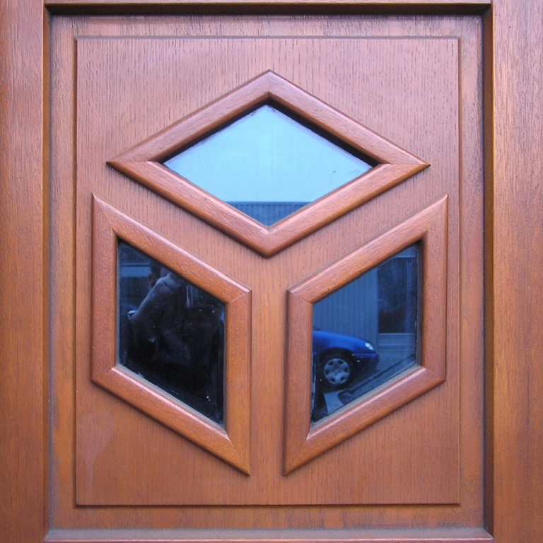 Vchodové EURO dveře. Chomutov - 2003.