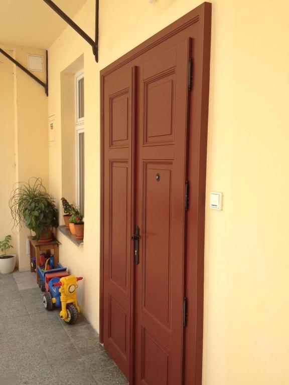 Dveře JanaMasaryka_1.jpg