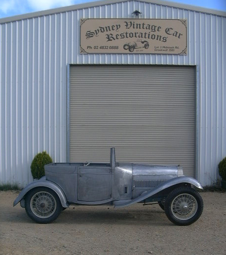 The Bugatti body work was completed in bare metal. The owner has now completed the paint work and the vehicles iconic horse drawn carriage handles and side lamps fitted to the Bugatti.
