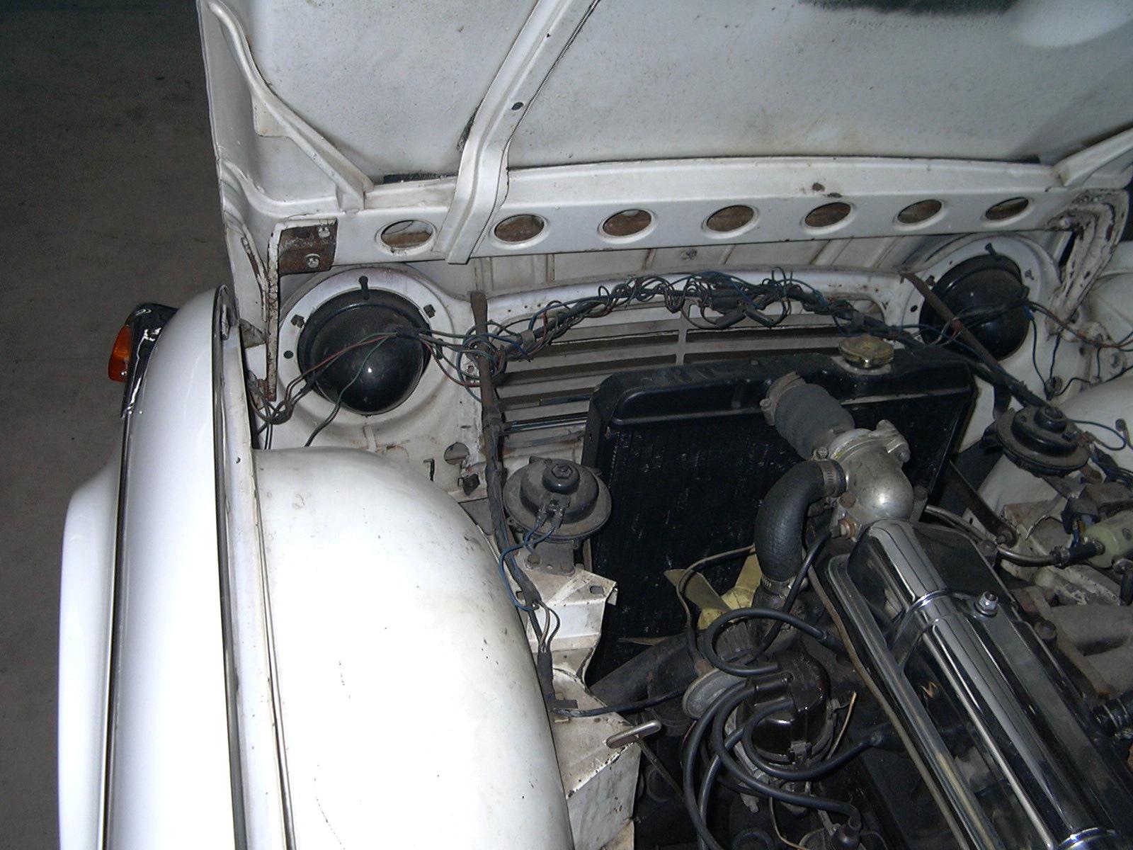 Triumph Tr4a 6.jpg
