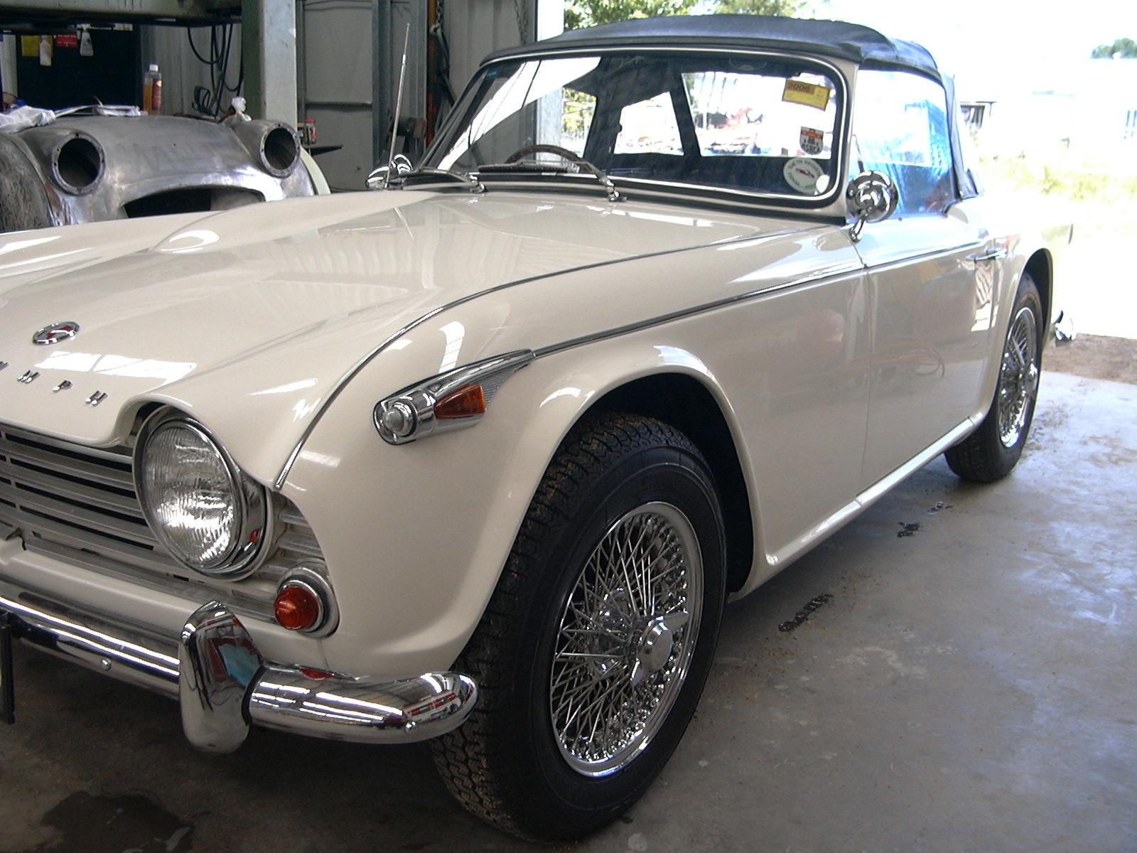 Triumph Tr4a 96.jpg