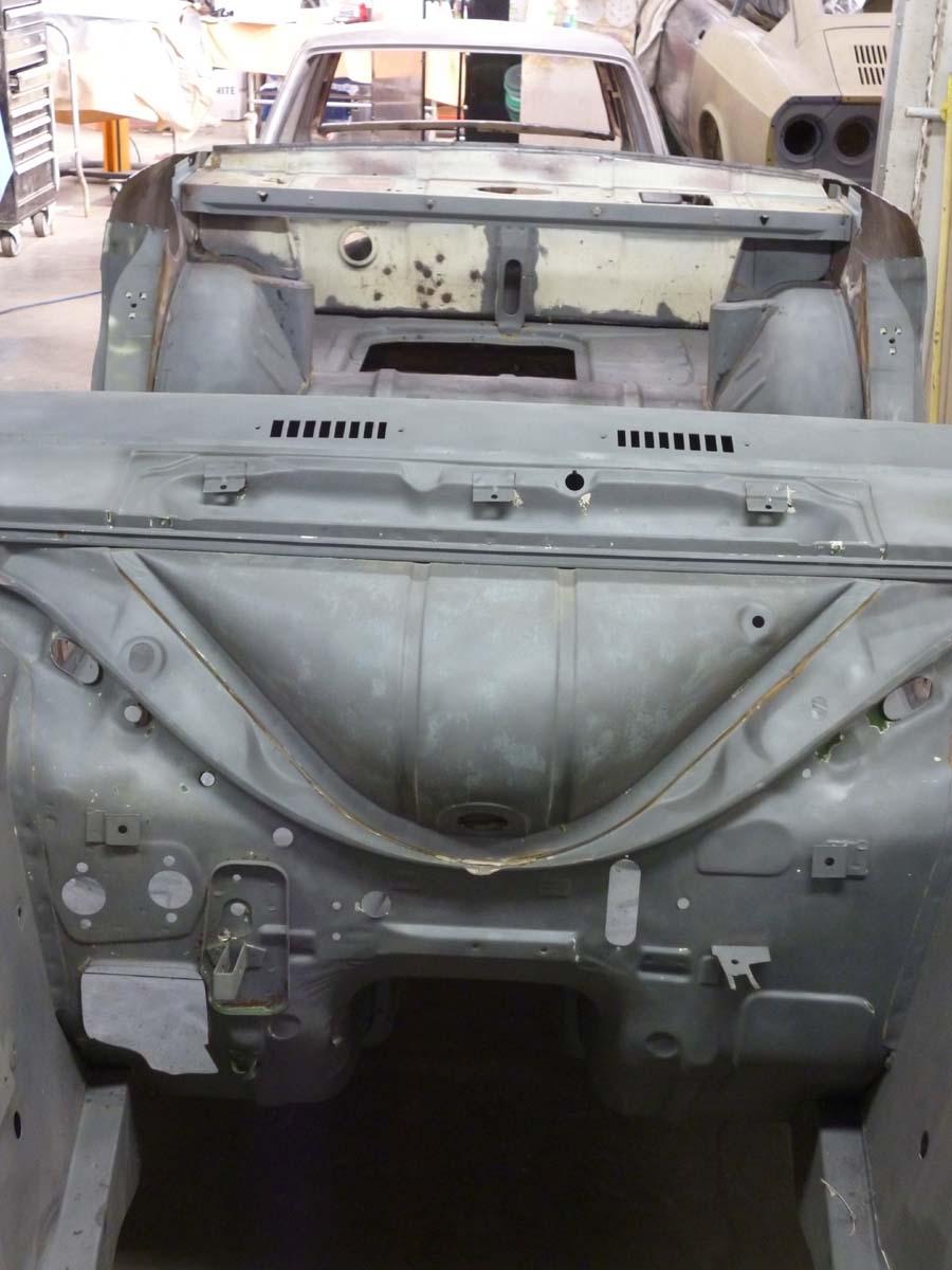 Ford Cortina Mk2 44.jpg
