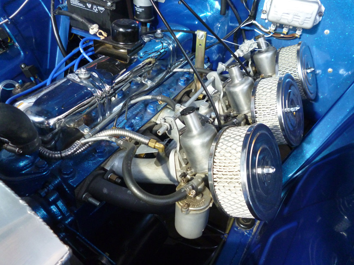 Holden FJ LYNX triple S.U. Carburetors.