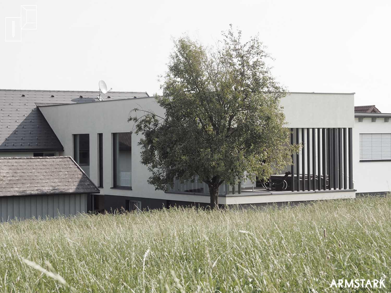 Neuer Baukörper mit moderner Fassade