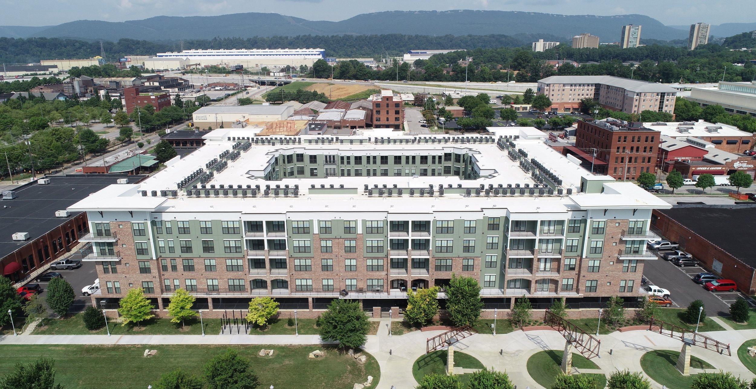 1400 Chestnut Apartments
