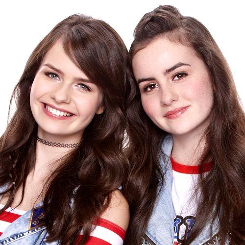 SARAH & JULIA