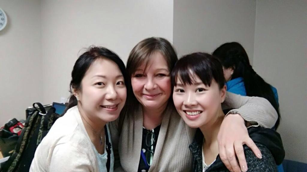 Jenny with two Chinese midwives she met through social media.