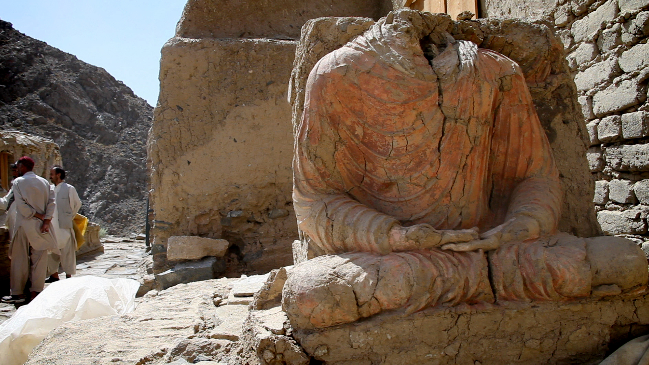 Seated Buddha_Mes Aynak.jpg