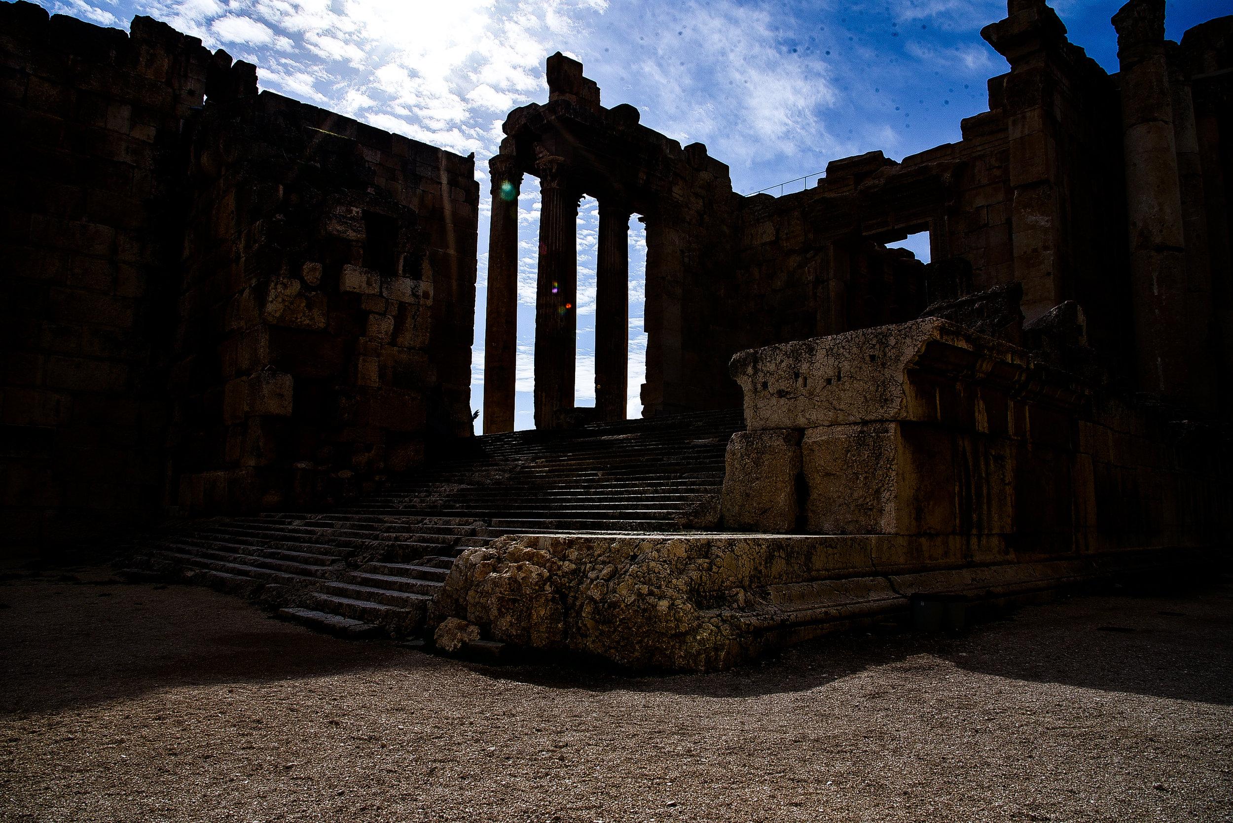 Baalbek, a 100km da Beirut. Gli amanti della cultura apprezzeranno ogni angolo del Libano.