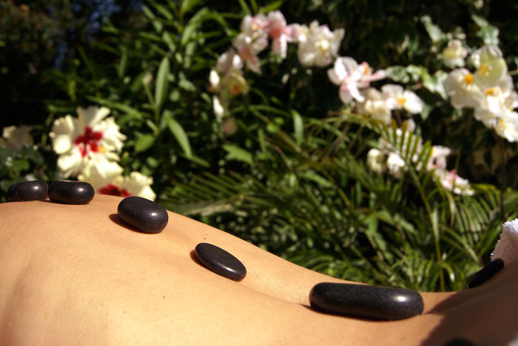 Massage Fuji Pierres Chaudes Sens & Etre Pezenas