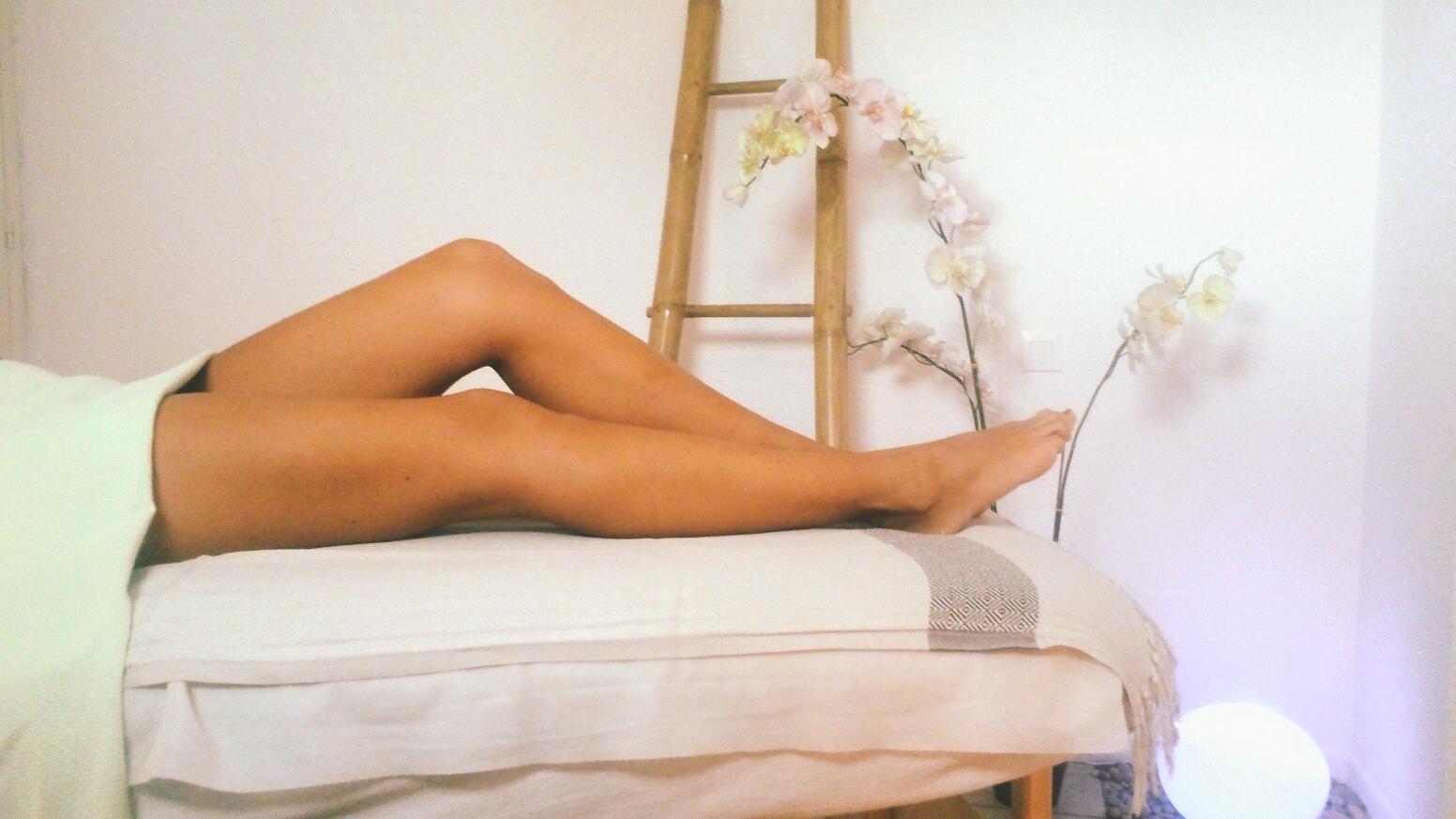 le massage jambes légères