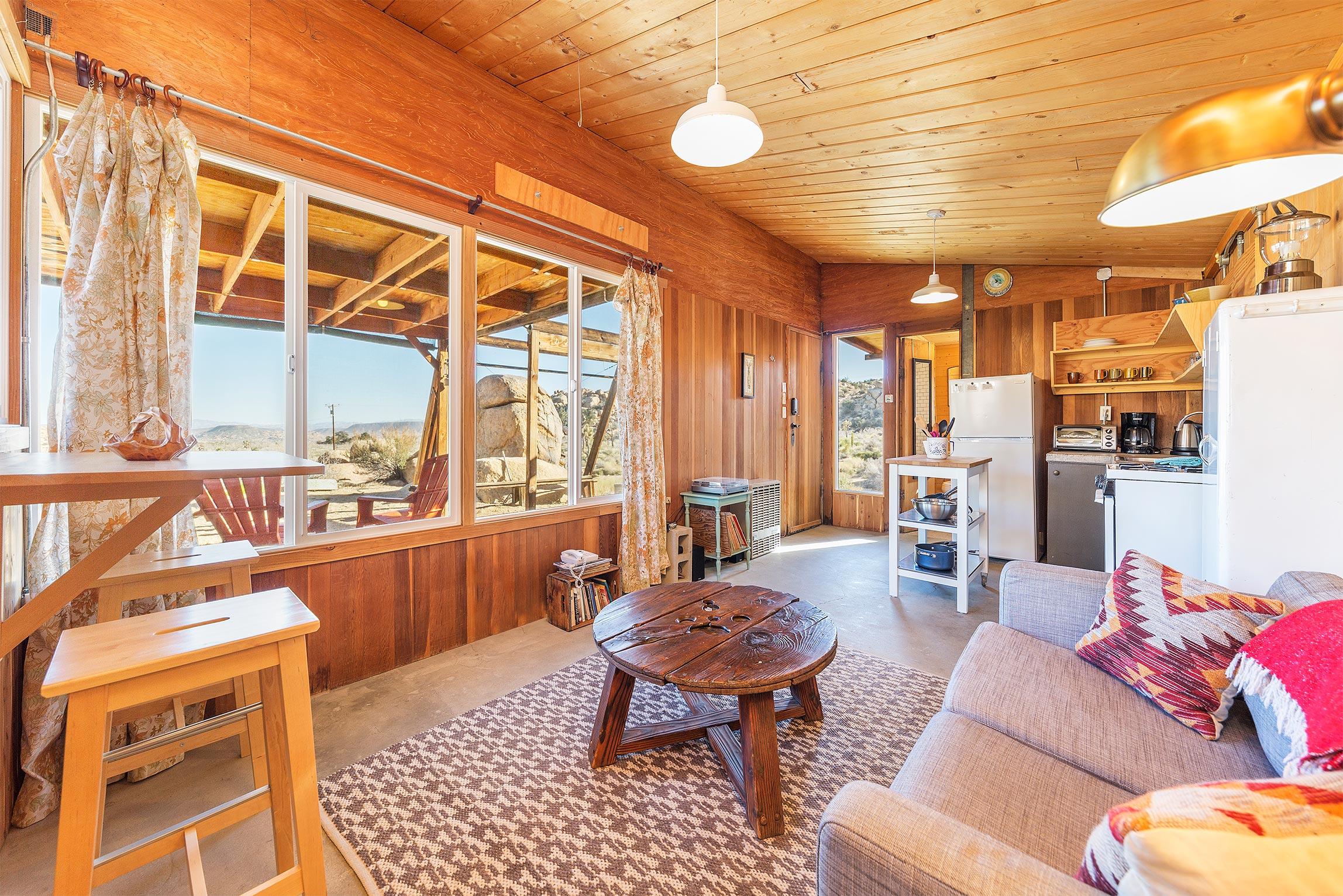 Cozy Cabin Pioneertown Rental High Desert