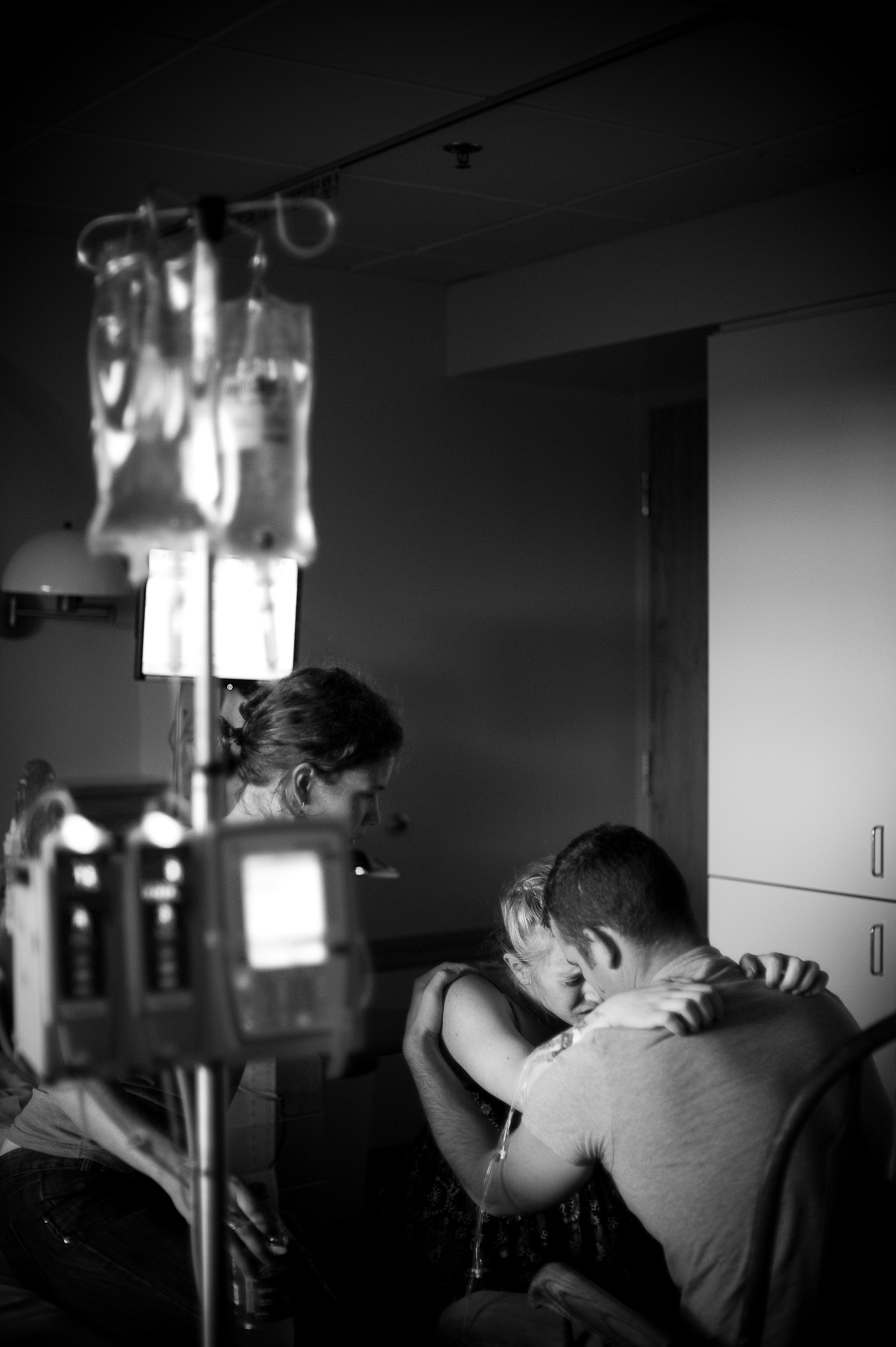 canon project imagination winner Lexia Frank photographs a birth on film