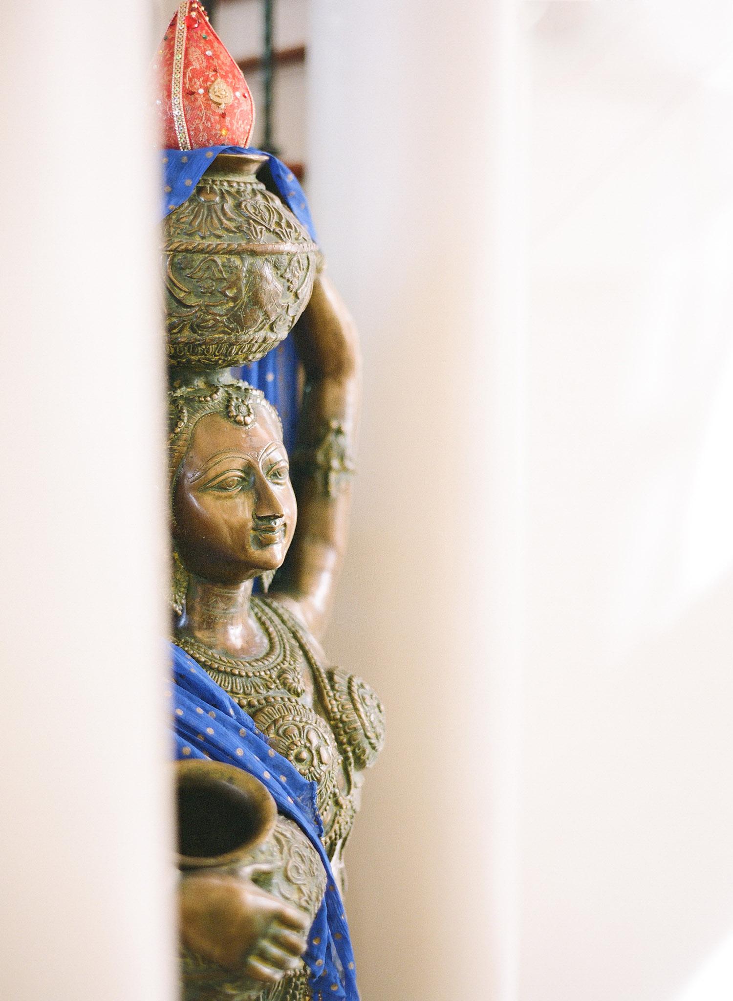 destination wedding photographer Lexia Frank, a top indian wedding photographer, photographed this hindu indian wedding at the hammock beach resort in palm coast florida. lexia is a film photographer for weddings and photographs luxury indian weddings in florida and worldwide.
