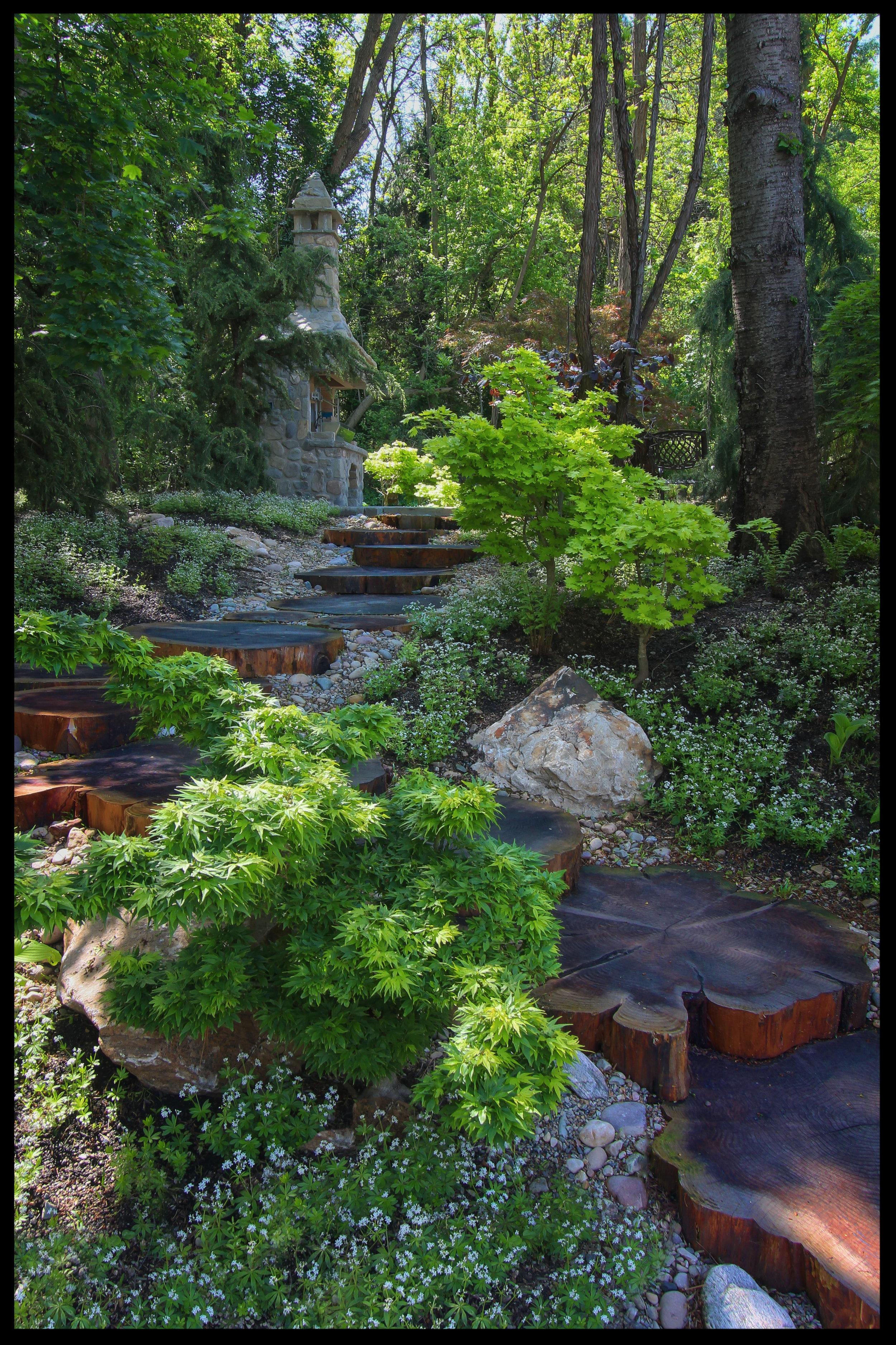 PDM_Sequoia walkway.jpg