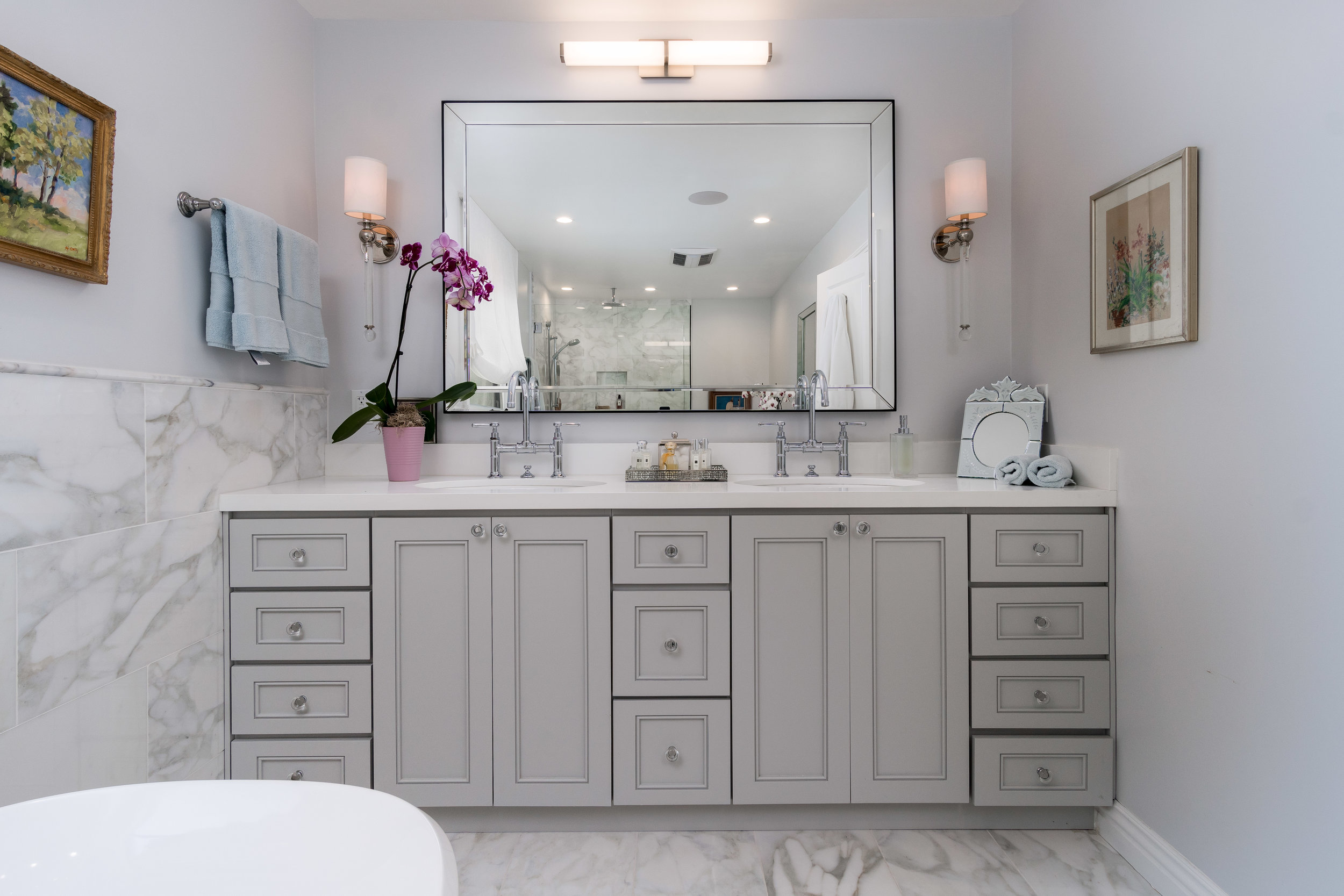 Delivered photo of the master bathroom ©Ryan Carr - Legacy Listing Photography - 2017