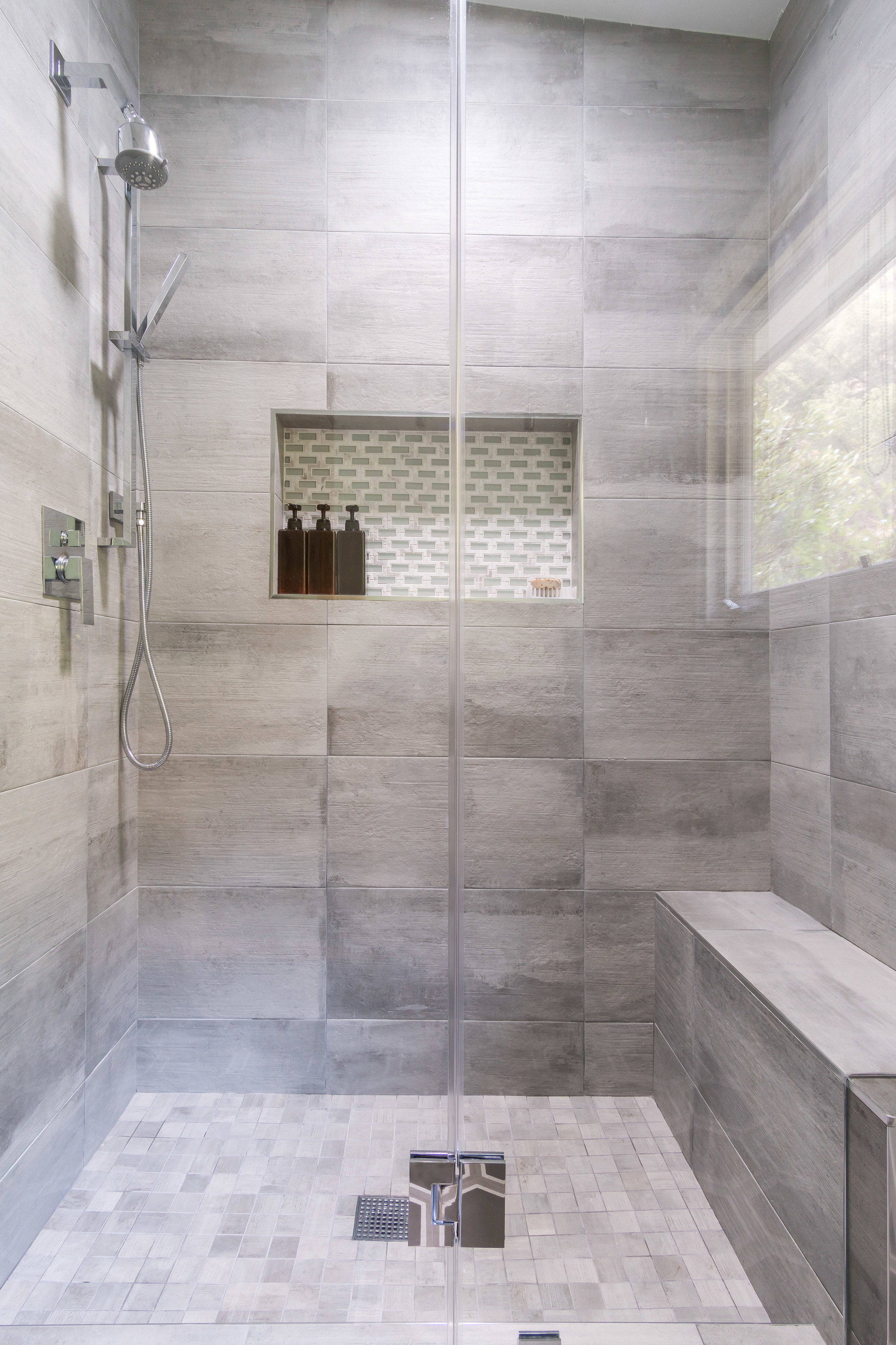 Delivered photo of the shower in this bathroom remodel ©Ryan Carr - Legacy Listing Photography - 2017