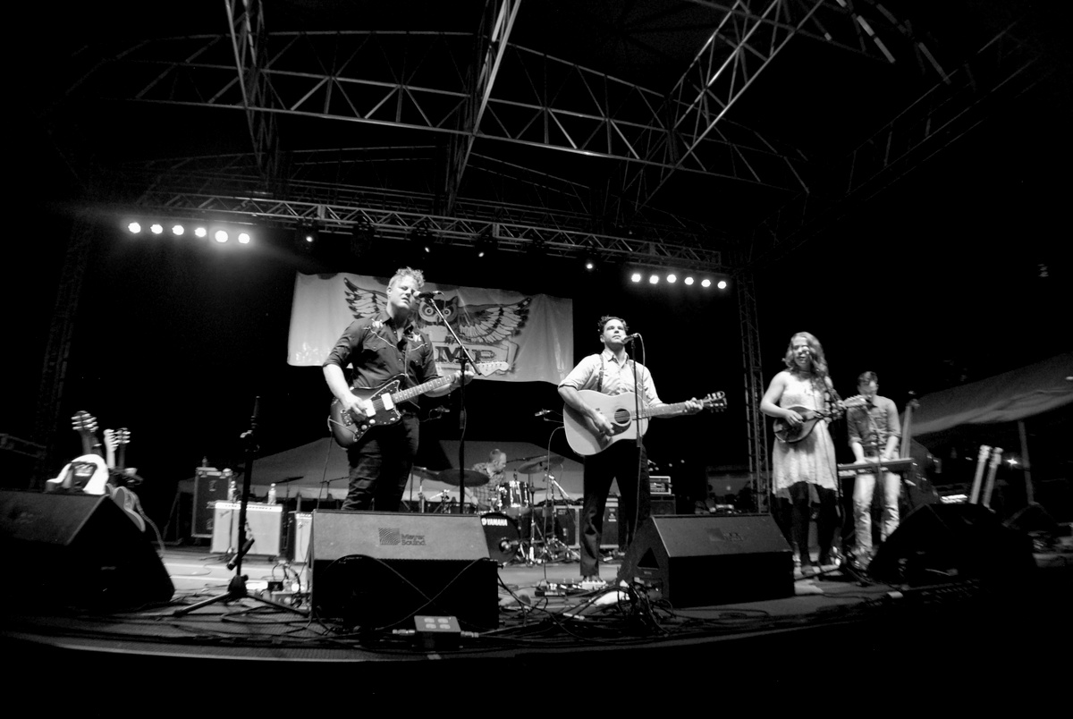 The Lone Bellow play to a huge crowd on Thursday, June 25th in Owensboro, Kentucky.