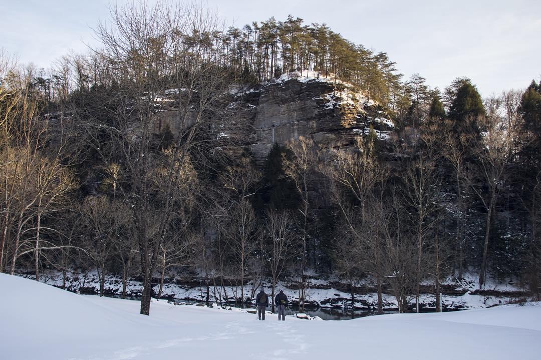 Shot of Dismal Rock showing its size in comparison to @calebsloan and @brandon.pruitt.   Edmonson County, Kentucky    Photo via EKI Ambassador:  @michael_naturalvisions