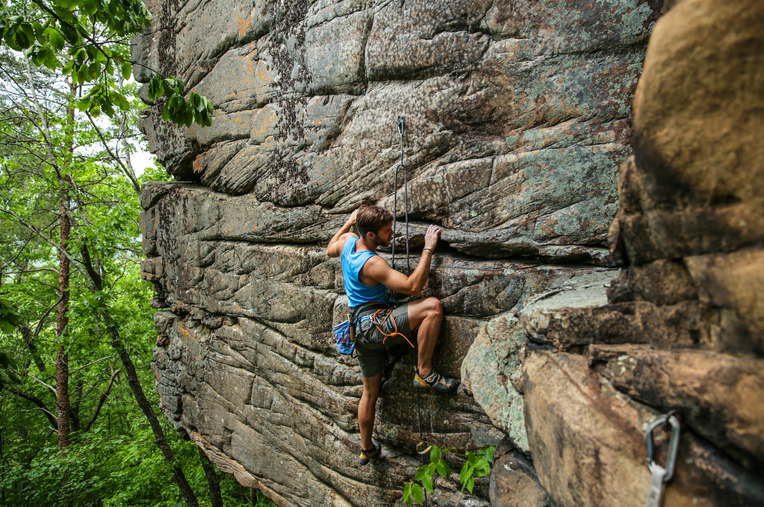 Travis Rawlings looking strong on Breaking a Cold Sweat, 5.11+. Photo:  Gerry Seavo James