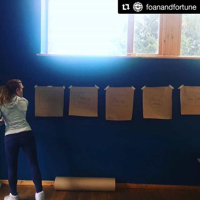 #Repost @foanandfortune (@get_repost) ・・・ Working inside 📚📝✏️🖌️🖍️ @metalsouthend #thisisme #puppetry project @mariefortune_ @helen.foan @dementiapathfinders @arts4dementia @netparkwellbeing #dementia #creatingconversations #youngonsetdementia #fluffysocks