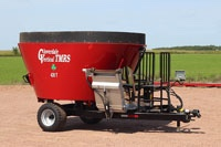 "5 year, 5,000 load warranty on mixing tub, auger, floor & frame  AR 200 auger flight  5/8"" standard upgrade to 3/4""  1/4"" sidewalls (3/8"" available)  21"" tungsten carbide auger knives to process hay bales  Optional stainless steel side discharge conveyors (3', 4' 5' or 6')  Front door conveyors have flat feed out on one or both sides  Conveyors have incline to fill bunks  C-55 chain  Heavy-duty PTO with shear pin  Weightronix scale or Digi-Star  Ladder with viewing platform  Heavy duty jack  We can custom-build a TMR mixer to meet your exact feed mixing needs!"