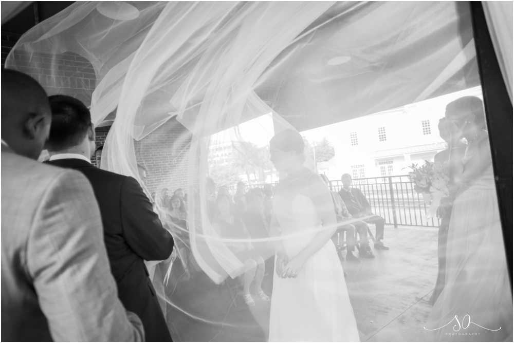 Alfond-Inn-Water-Park-Farmers-Market-Wedding-Sara-Ozim-Photography_0057.jpg