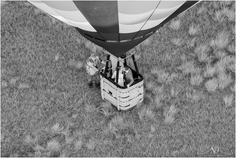 Balloon-Ride-Orlando-Elopement-Sara-Ozim-Photography_0043.jpg